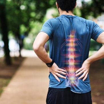 Kako preprečujemo in zdravimo bolečine v hrbtu?