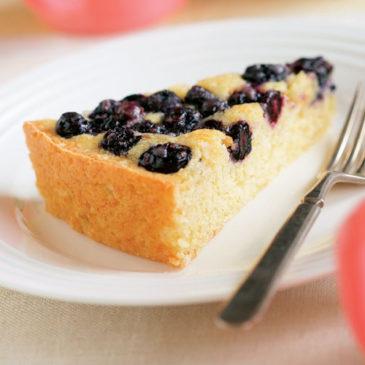 Recept za borovničevo torto, kot so jo pekle naše babice