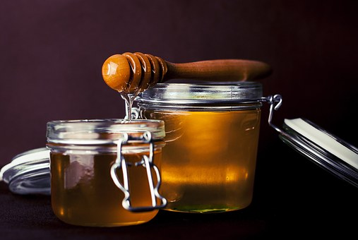 Preženimo kašelj s čebulo in medom