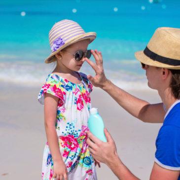 Kako preprečimo in zdravimo sončne opekline z naravnimi pripravki?