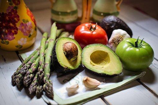 Katera hrana je dovoljena pri lchf dieti? Seznam lchf živil!